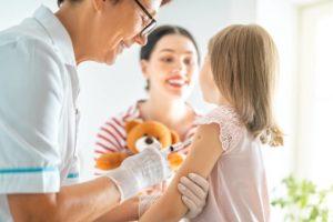 Obbligo di vaccinazione a scuola: come funziona